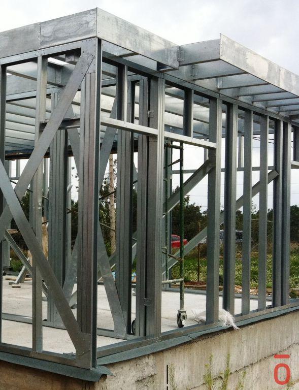 Casas acero modulares sostenibles y prefabricadas sistema constructivo tekdom - Acero casas prefabricadas ...